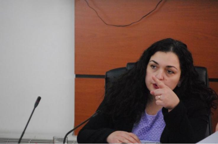 Kosovë  Osmani për bllokimin e ligjit për luftimin e Covid 19  E turpshme
