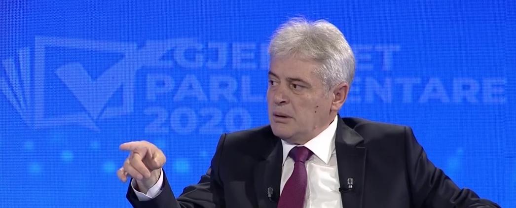 Ahmeti  Zaev dhe Mickoski nuk kanë kapacitet të përballen me Naser Zyberin